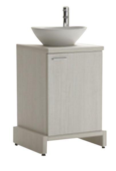 Arredamendo mobili poltrone e mensole per centro estetico for Poltrone per estetica