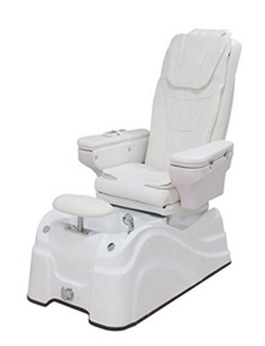 Poltrona pedicure con sistema integrato di massaggio meccanico e di aria a pressione